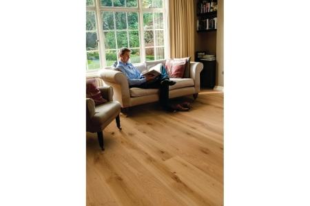 Elka Rustic Brushed & Oiled Oak Engineered Flooring 1820 x 190 x 14mm Pack Size 2.075m2