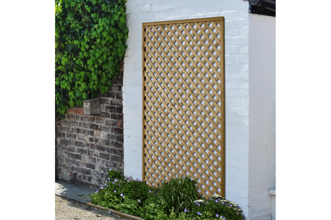 Rosemore Lattice - 180 x 120cm Pack of 4