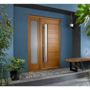 Stockholm External Oak Veneer Door 1981 x 838mm + Oak Frame & Side Light 1 x 24in 610mm Reversible