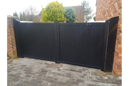 Canterbury Double Swing Flat Top Driveway Gate with Vertical Solid Infill 3000 x 1800mm Black