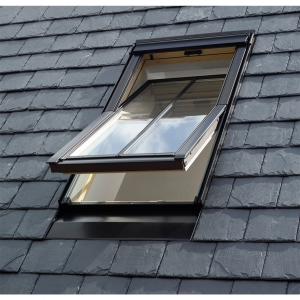 VELUX Conservation Centre-pivot Roof Window and Flashing White 780mm x 1180mm GGL MK06 SD5W2