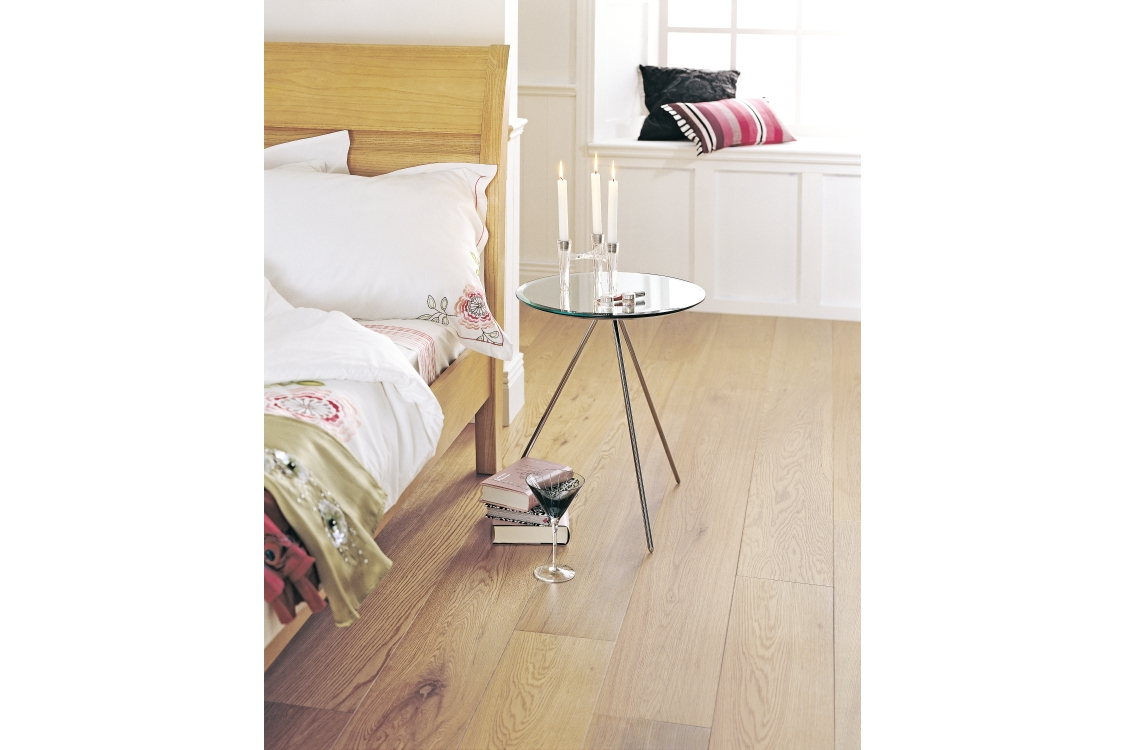 Elka Rustic Lacquered Oak 1820 x 190 x 14mm Pack Size 2.075m2
