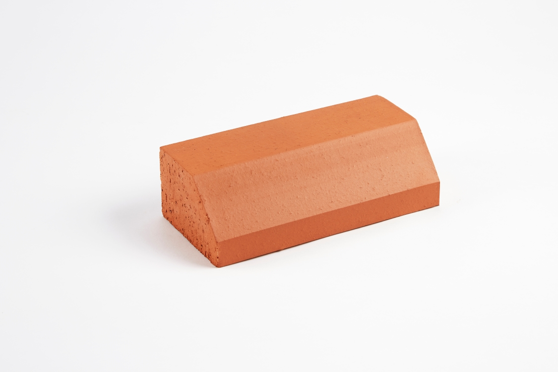 Wienerberger Special Shape Brick Red Plinth Stretcher Pl3.2 Pack of 500